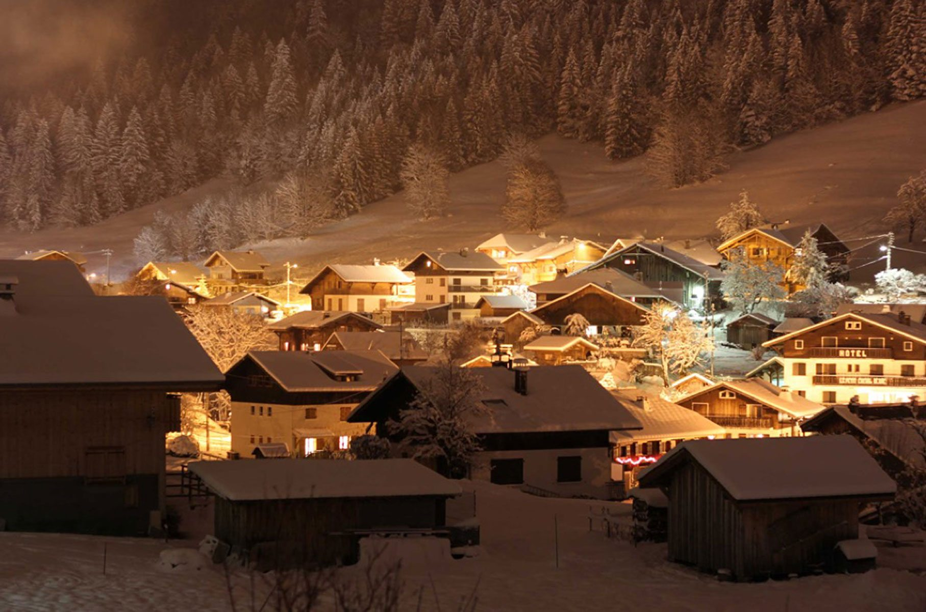 morzine treeline chalets catered and self catered ski and snowboard chalet holidays in morzine