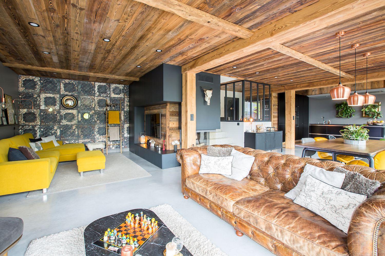 morzine-chalet-lounge